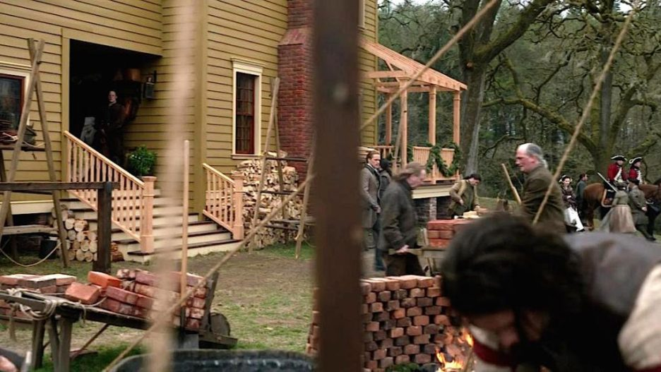 Starz Outlander The Ridge outside work house building exterior outlander-online Season 5