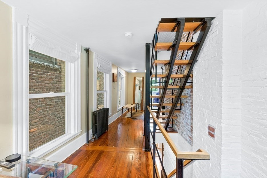 44 Hull St Boston Skinny House Spite House stairs 2nd floor