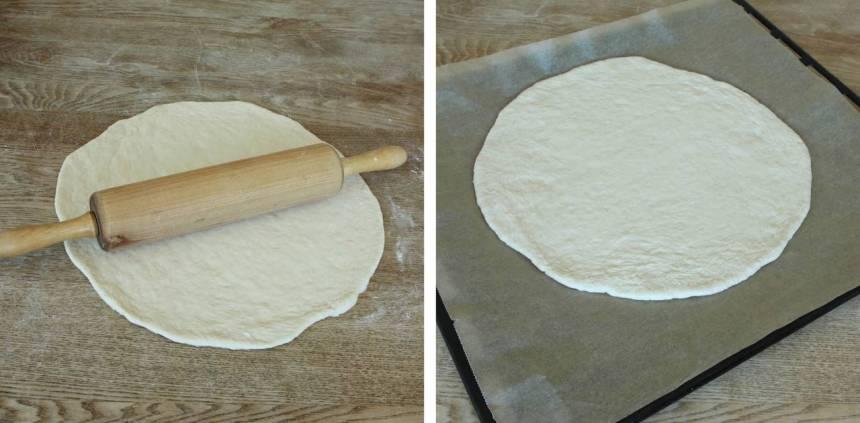 2. Kavla ut degen till en rundel, ½–1 cm tjock, på ett mjölat bakbord. Lägg den på en plåt med bakplåtspapper.