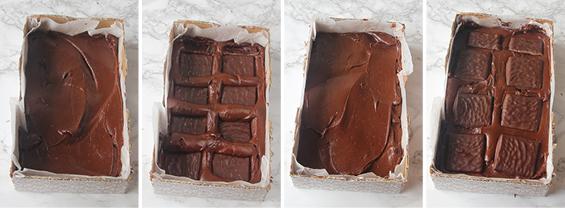 3. Bred ut ett tunt lager fudgesmet i botten på en form, ca 12 x 20 cm, klädd med bakplåtspapper. Lägg ut After Eight-plattor ovanpå. Upprepa i några lager.