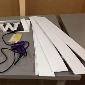 papp kanter til bokstav med lys