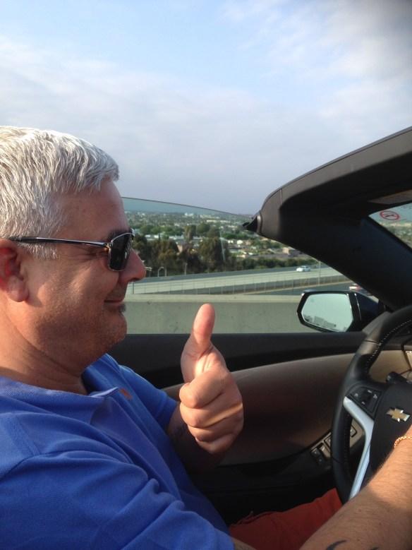 Sjåføren fornøyd med Camaroen fra Hertz