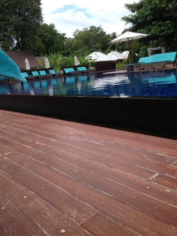 AKira Koh Lipe Pattaya basseng