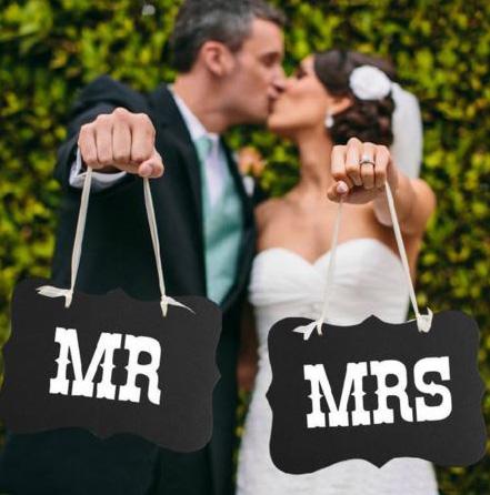 Mr & Mrs Skilt til brudeparet