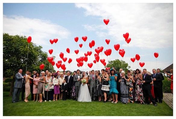 Røde hjerteballonger