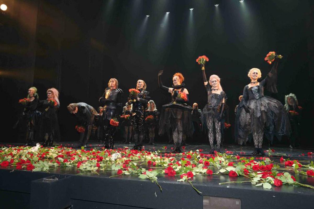 Tanz der vampire © eventpress stage entertainment