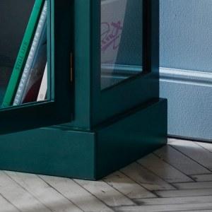 Close up image of Lindebjerg Design Color N1 Vitrine Cabinet bottom