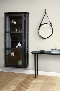 Image of Lindebjerg Design Dark Oak N4 vitrine Cabinet in use with interior in beige room