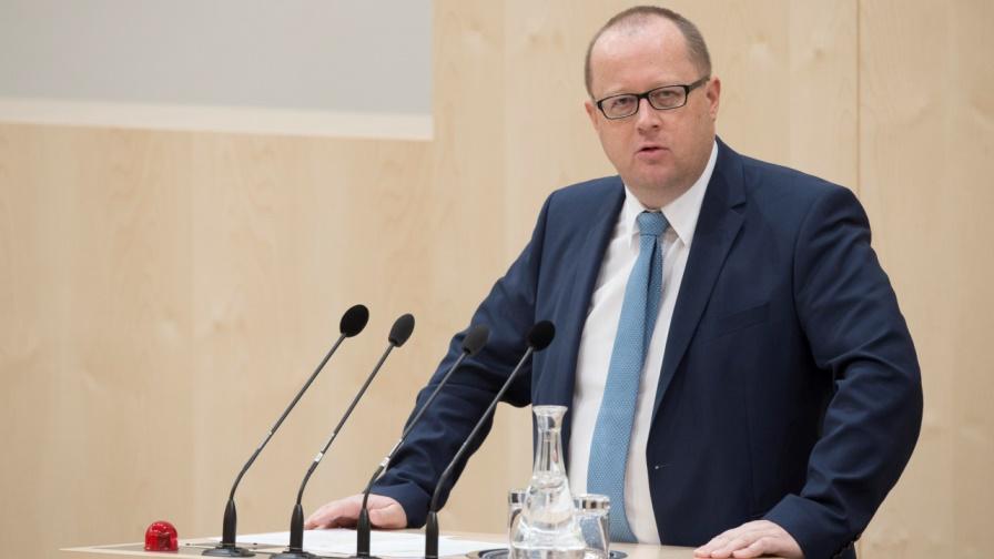 Finanzstaatssekretär Hubert Fuchs (FPÖ) - Einkommensteuer, Körperschaftsteuer, Lohnverrechnung und Ausnahme- sowie Sonderbestimmungen stehen zur Disposition. (Bild: © Parlamentsdirektion / Thomas Jantzen)