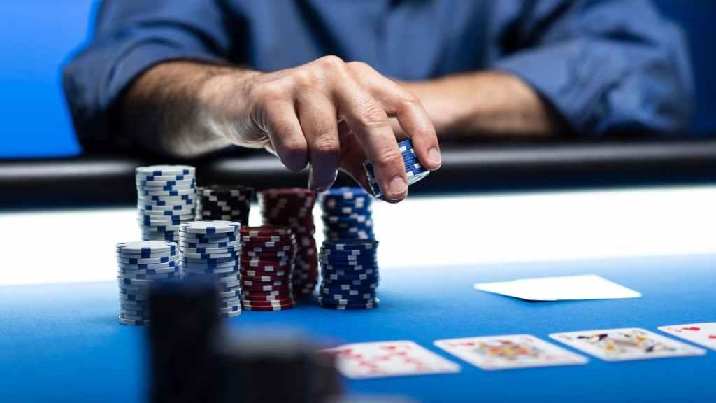 """Concord Card Casinos seit Montagmittag endgültig geschlossen - Zanoni: Steuerschulden kann """"nicht einmal der liebe Gott"""" bezahlen. (Bild: © cyano66)"""