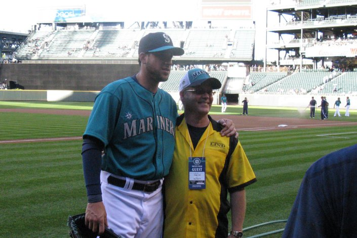 Randy Lind at Mariner's game