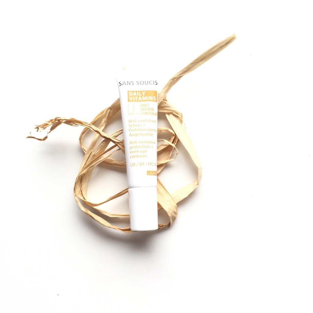 Sans Soucis DD Daily Defense Concealer Roll-On SPF 10