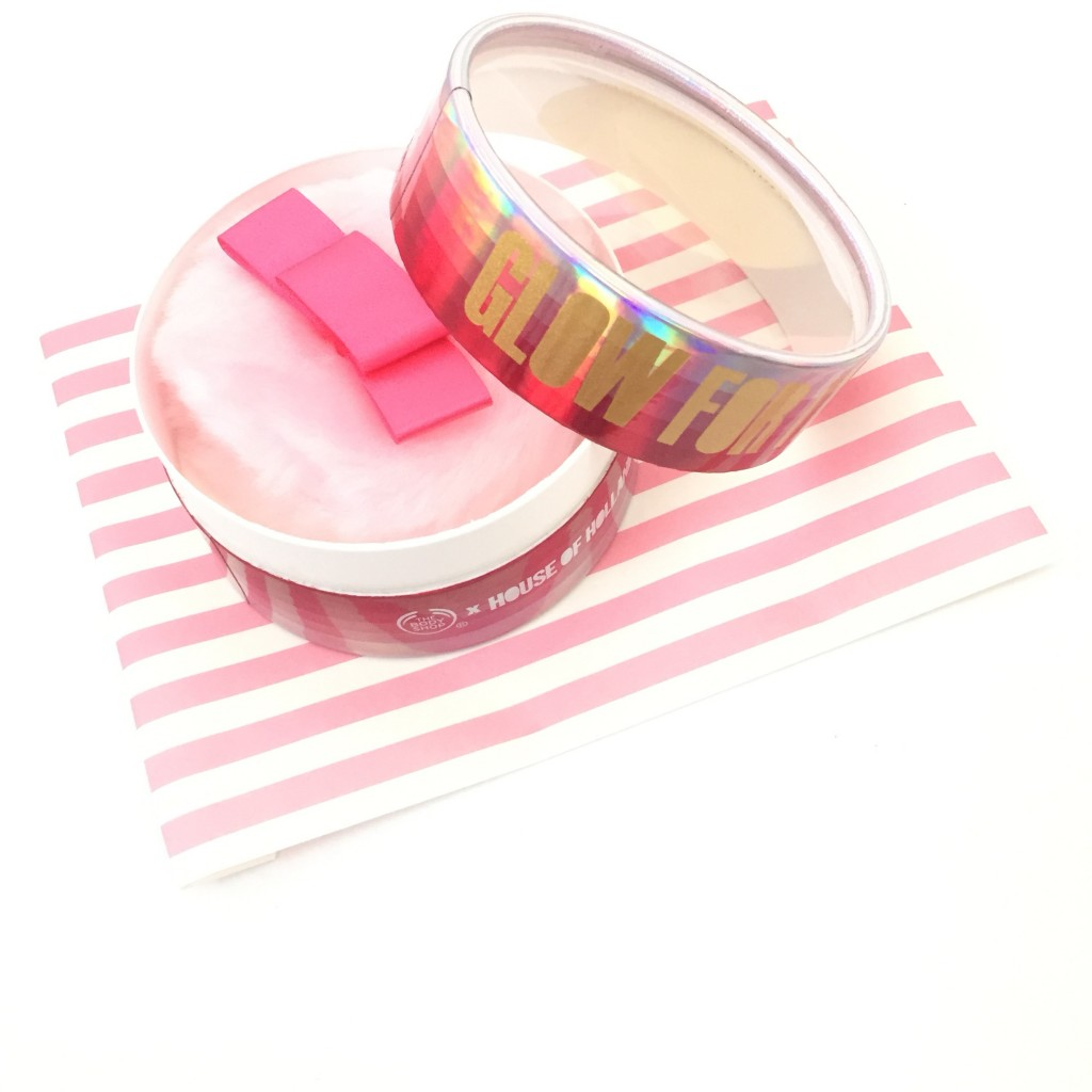 The Body Shop Sparkling Body Shimmer Puff