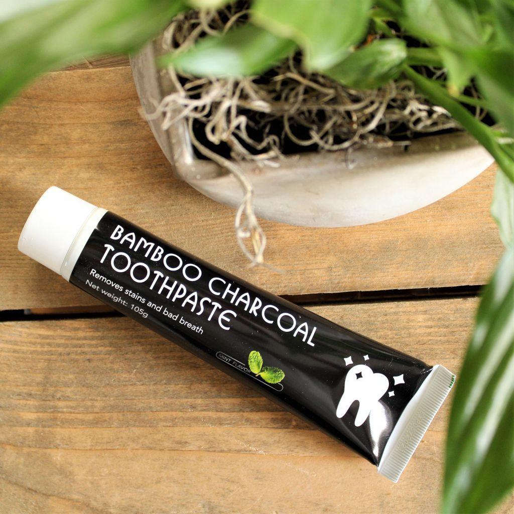 Bamboo Charcoal Tandpasta & Flosdraad