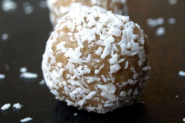 coconut lemon bar bo-bake dates