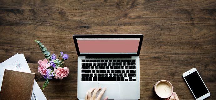 choose copywriter content writer