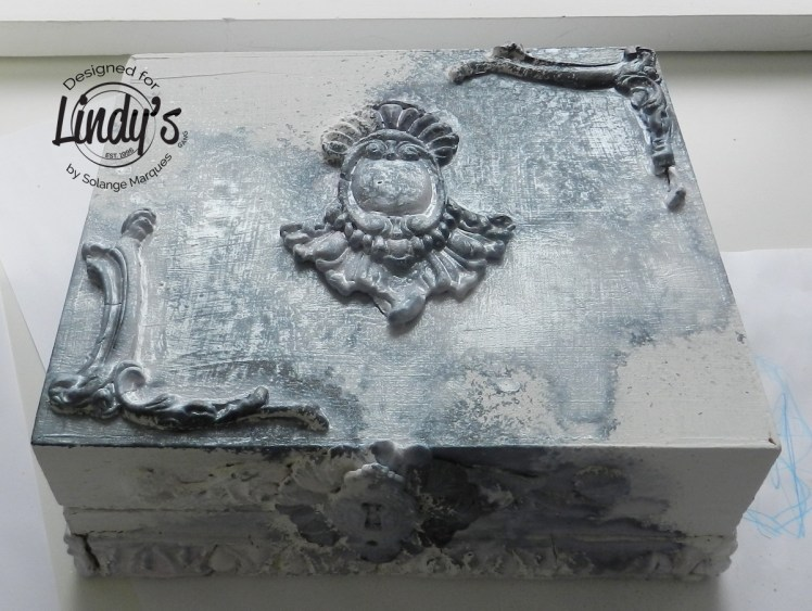 altered-box-with-lindys-stamp-gang-001