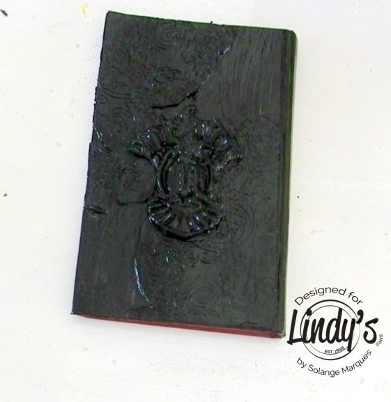 altered book cover by Solange marques with lindy's Gang products-07