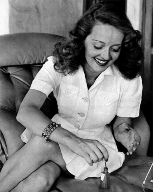 Bette Davis uñas