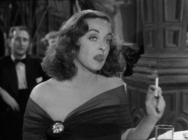 Bette Davis humo