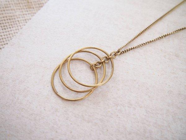 Amsha - Falling Circles Necklace