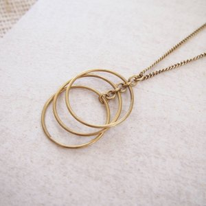 Amsha - Falling Circles Necklace