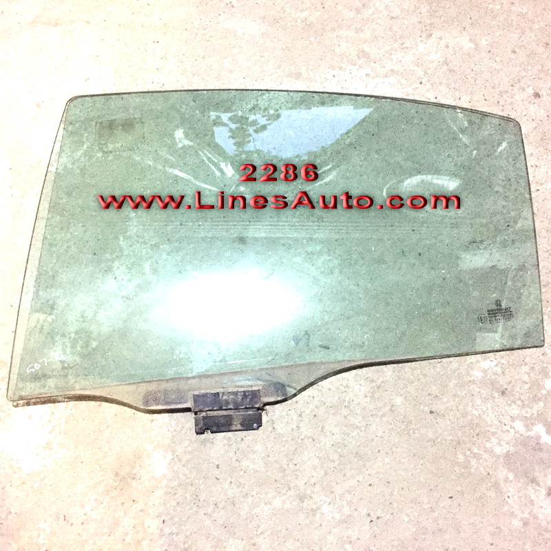 PEUGEOT 607 TRIPLEX RIGHT REAR DOOR WINDOW styklo zadna vrata