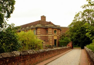 London: Eltham Palace and Gardens