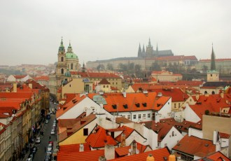 Prague Castle: Palaces, a ceremony and the pact