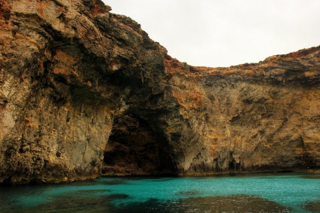 The caves of Comino