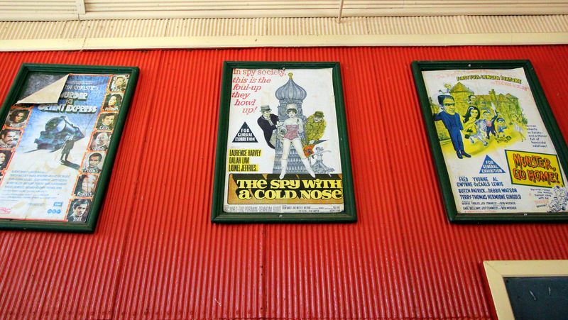 Movie posters, Old Tailem Town
