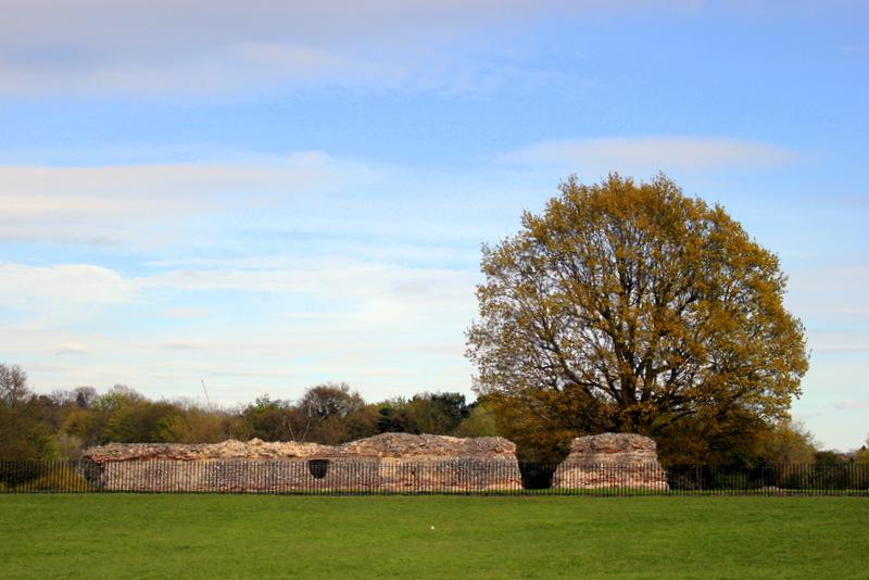 Roman walls in Verulamium Park