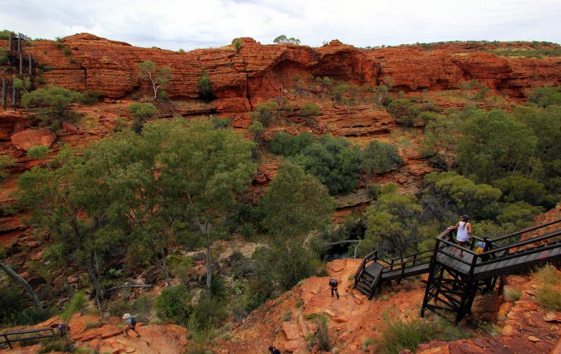 Stairway down into Kings Canyon