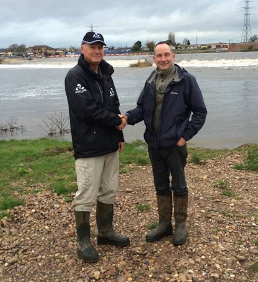 Midlands Regional Enforcement Manager Kevin Pearson visiting the River Trent at Clifton, Nottinghamshire, and talking to Holme Pit Action Group Chair John Lee about closer links with police, EA and Voluntary Bailiff Service in order to protect their new water opposite Beeston Weir. Free membership for youngsters to get them involved. Great idea!