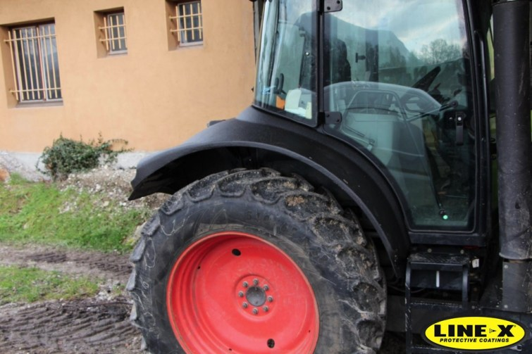 tractor_arch