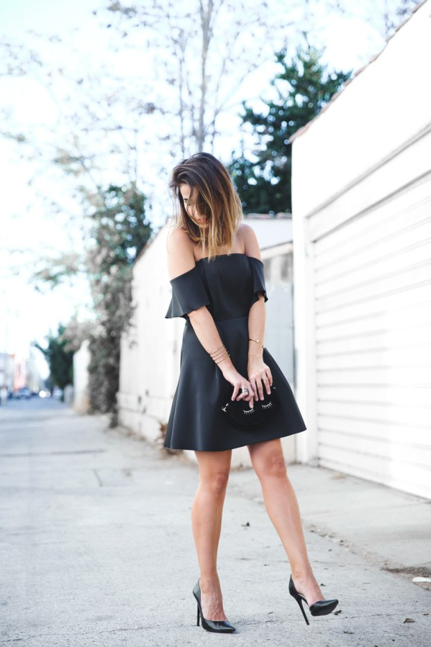 Sandro_Off_Shoulders_Dress-Night-Capsule_Collection-Outfit-Street_Style-LBD-Little_Black_Dress-4