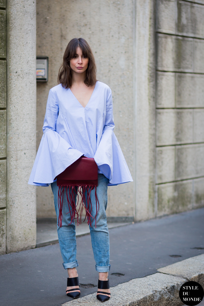 1-bell-sleeved-top-with-jeans-and-fringe-bag
