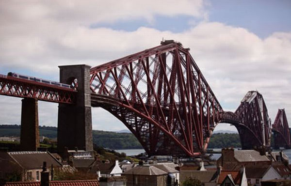 big-bra-forth-bridge-435411678