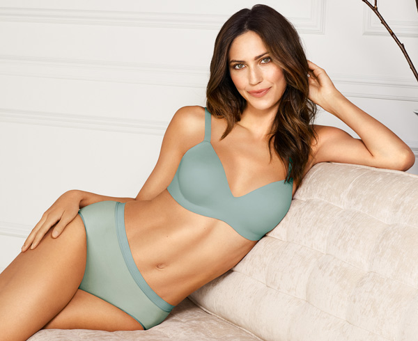 Wacoal: Flawless Comfort Underwire Bra featured on Lingerie Briefs