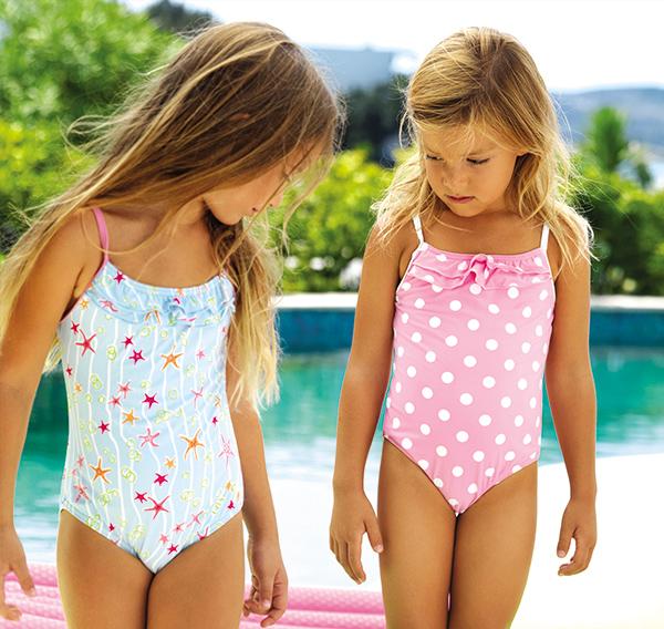 Elizabeth Hurley Beachwear on Lingerie Briefs