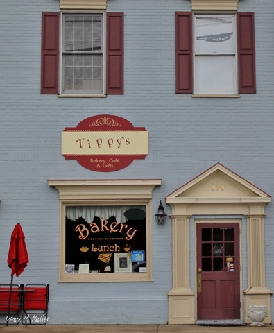 Tippy's Bakey