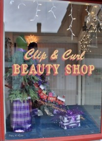 clip-and-curl-4