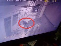 Pembunuhan Sadis di Siantar Terekam CCTV, Pelaku Habisi Nyawa Korban dengan Besi