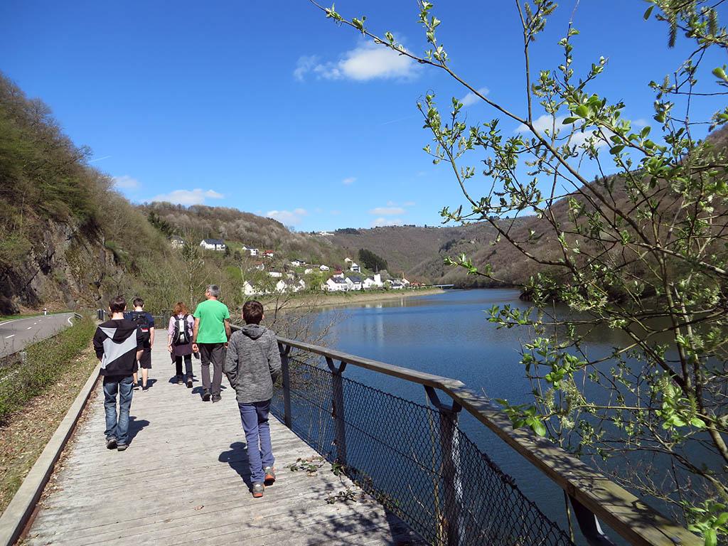 Uferpromenade an der Our.