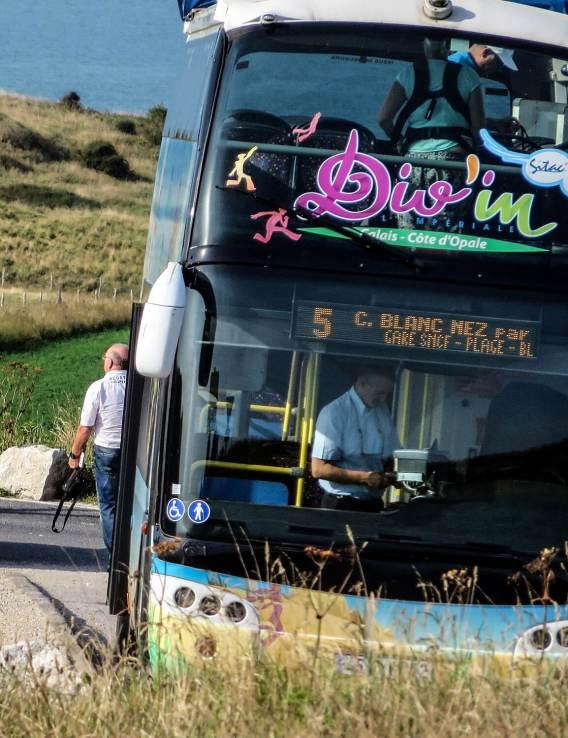 Im Juli und August fährt der 5er-Busmehrmals am Tag zum Cap Blanc-Nez.