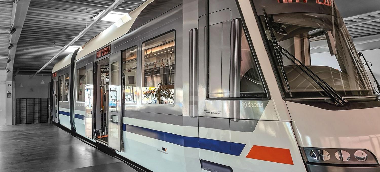Zukunftsmodell -Straßenbahnen im Wandel der Zeit.