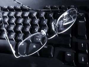 glasses-on-1204276-m