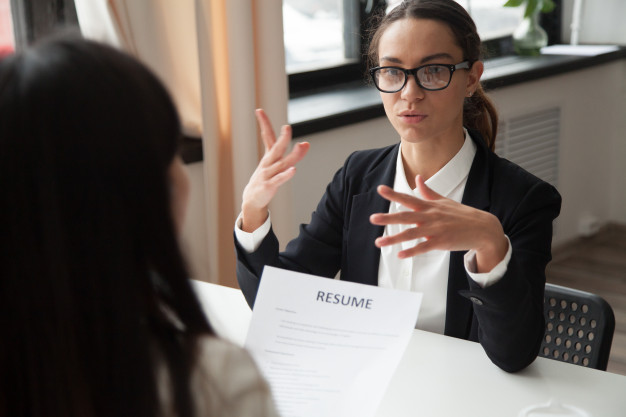 How to answer most commonly asked job interview questions?