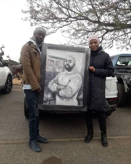 Zimbabwean Artist Thomas Mwasangwale has impressed Connie Fergusson through a painting of her late husband Shona