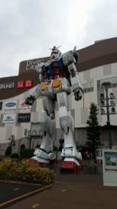 Le Gundam, au Diver City